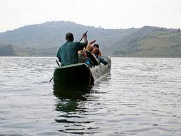 boat ride on lake bunyonyi